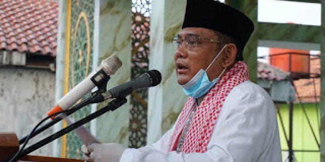 Bupati Bekasi dan Gubernur Jabar Sholat Ied Bersama di Masjid Jami Al-Wathoniyah