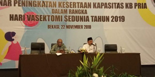 RATUSAN PRIA IKUT VASEKTOMI DI SELURUH INDONESIA