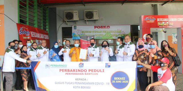 Pebarindo Kirim Bantuan ABK dan Hand Gloves ke Pemkot Bekasi