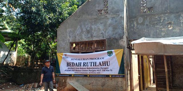 BAZNAS Bersama Kodim 0507 Kota Bekasi Salurkan Bantuan Rutilahu di Kelurahan Sumur Batu