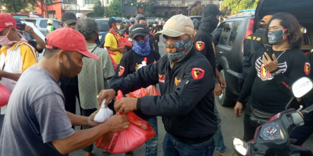 Brigade 08 DPC Kota Bekasi Berbagi Sembako